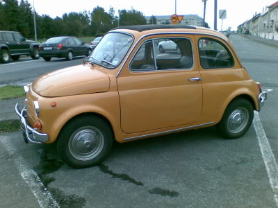Small_orange_car
